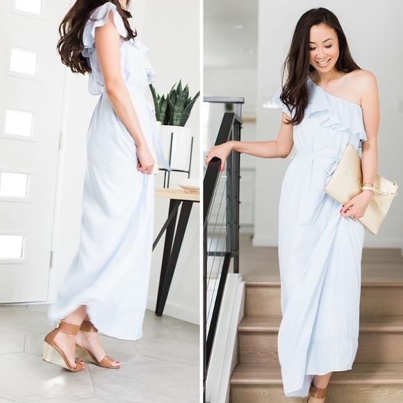 ae55bc3bf0b7 Banana Republic Dresses   Skirts - Banana Republic stripe one-shoulder maxi  dress